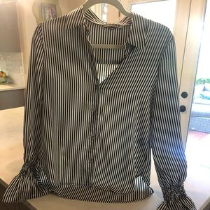 Olivaceous striped blouse